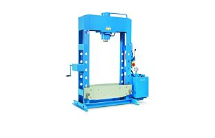 Hydraulický lis OMCN 204/W (150 t, širší rám 1 520 mm)